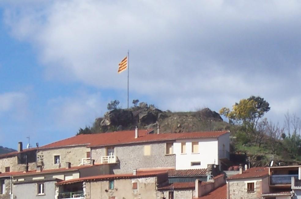 castellderirequadrat.jpg